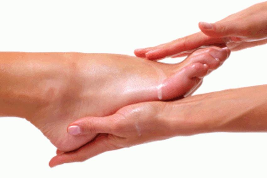 Foot waxing tarzana