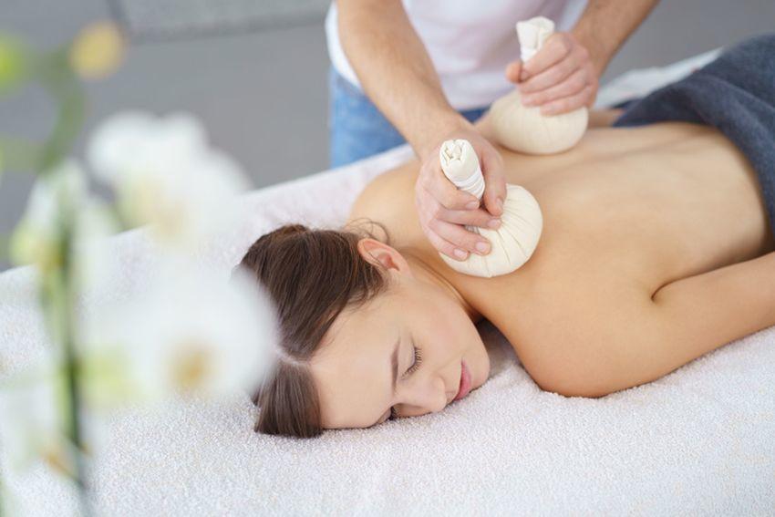 Massage Tarzana